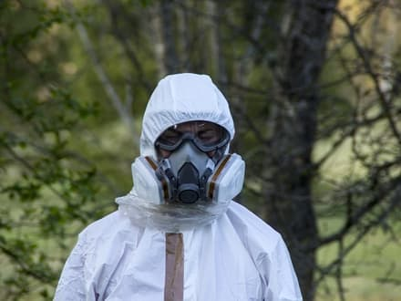 asbestos protective suit and mask